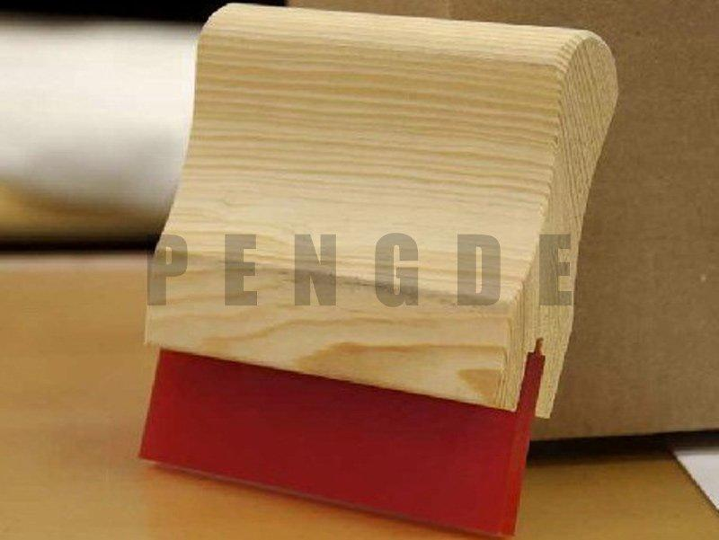Red Color PU Clean Scraper with Wooden Handle